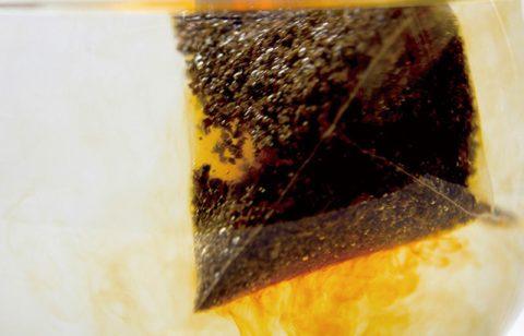 紅茶を蒸らす(抽出する)