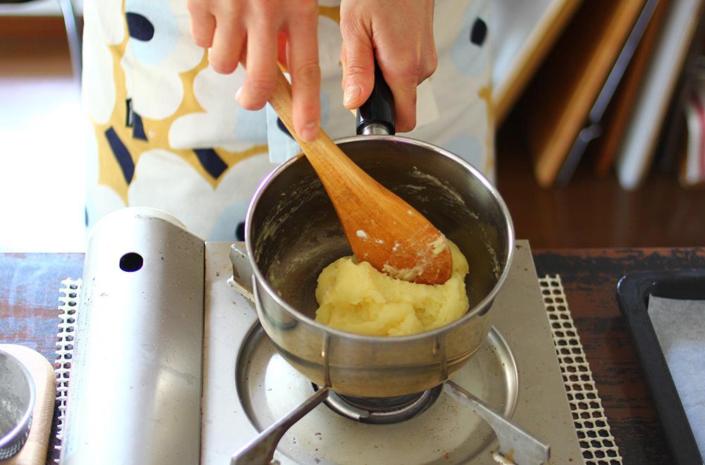 シュークリームのパフの作り方03